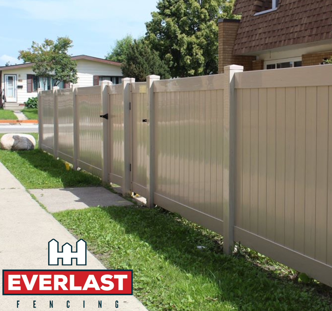 https://www.getmosaic.ca/wp-content/uploads/2021/05/Everlast-Vinyl-Fencing-Brand-Page-With-Logo.png